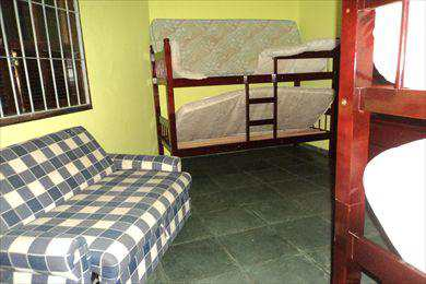 Casa em Mongaguá, no bairro Balneário Flórida Mirim