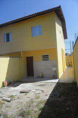 Casa em Itanhaém, no bairro Balneário Campos Elíseos
