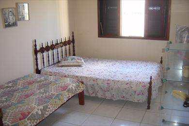 Casa em Mongaguá, no bairro Balneário Jussara