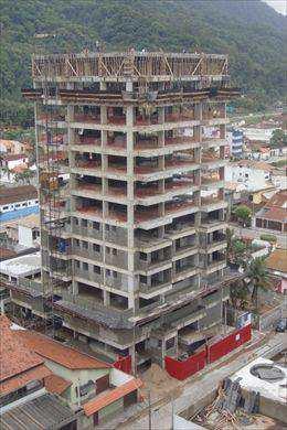 Apartamento em Mongaguá, no bairro Centro