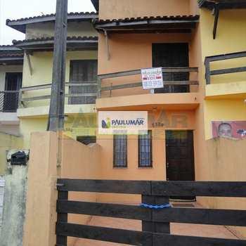 Sobrado em Mongaguá, bairro Nossa Senhora de Fatima