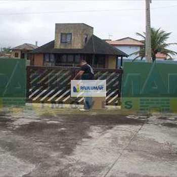 Sobrado em Itanhaém, bairro Balneário Itanhaém