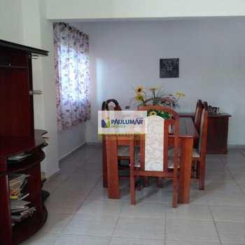 Sobrado em Mongaguá, bairro Itaguai