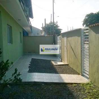 Sobrado em Mongaguá, bairro Jussara