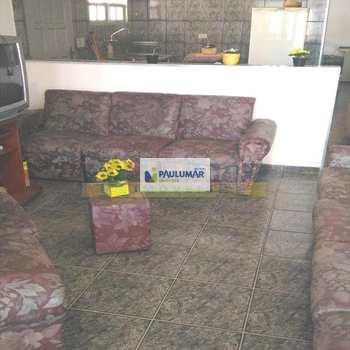 Sobrado em Mongaguá, bairro Agenor de Campos