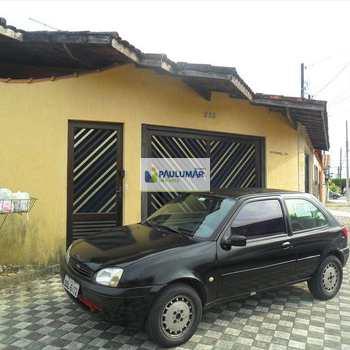 Sobrado em Mongaguá, bairro Vera Cruz