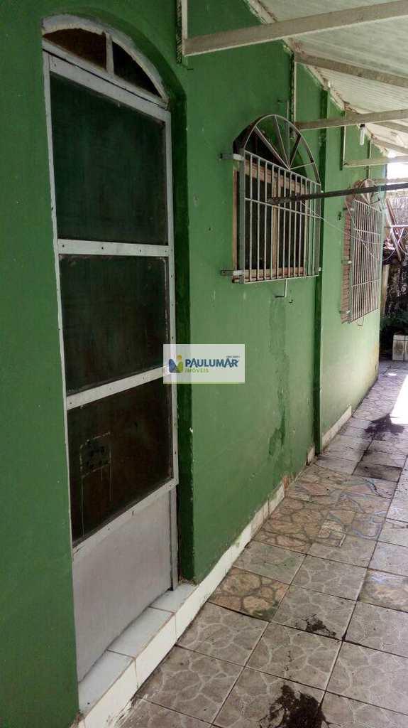 Casa em Mongaguá, bairro Jardim Guanabara