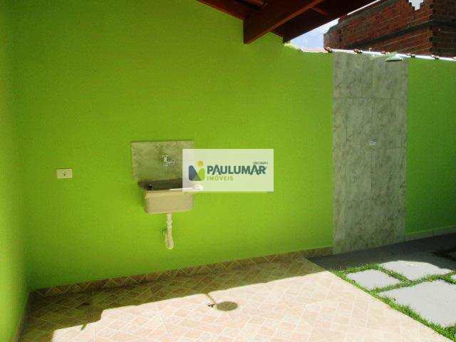 Sobrado em Mongaguá, bairro Vila Oceanopolis