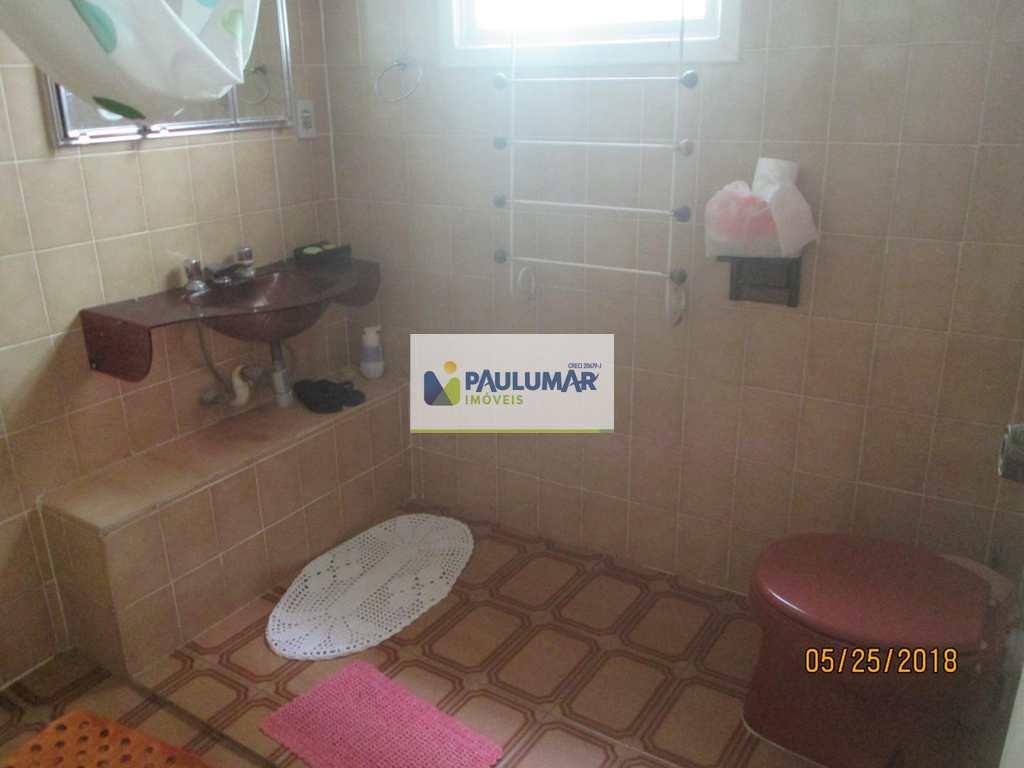 Casa de Condomínio em Mongaguá, bairro Vila São Paulo