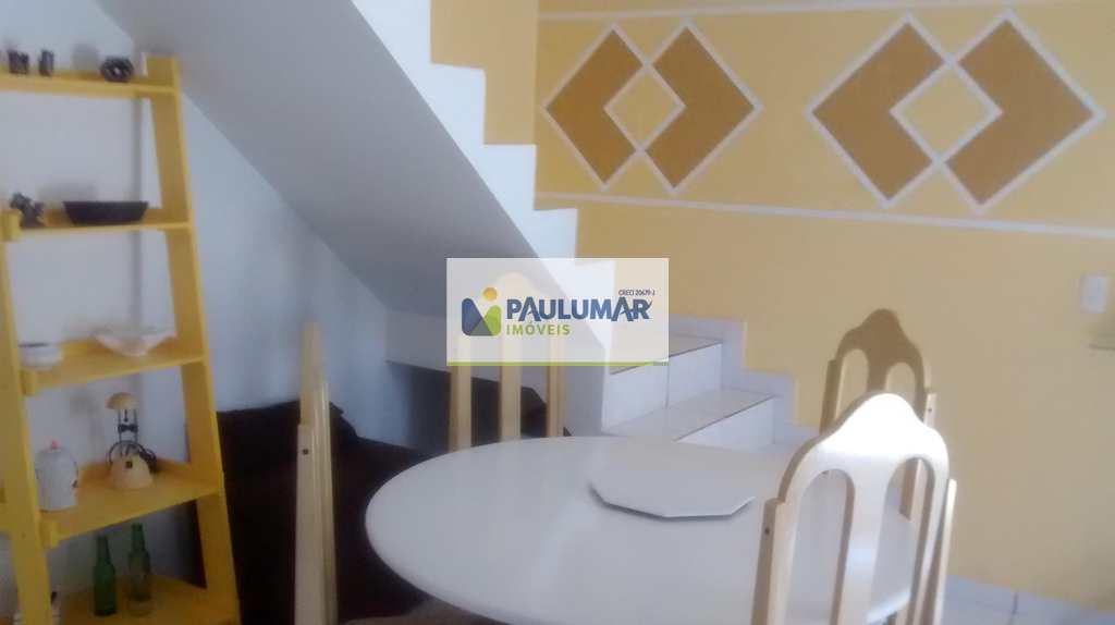 Casa de Condomínio em Mongaguá, bairro Balneário Itaguai