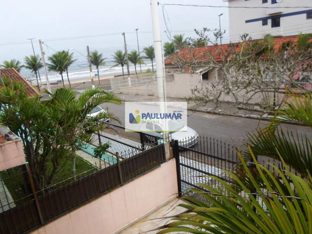 Sobrado em Praia Grande, bairro Jardim Imperador