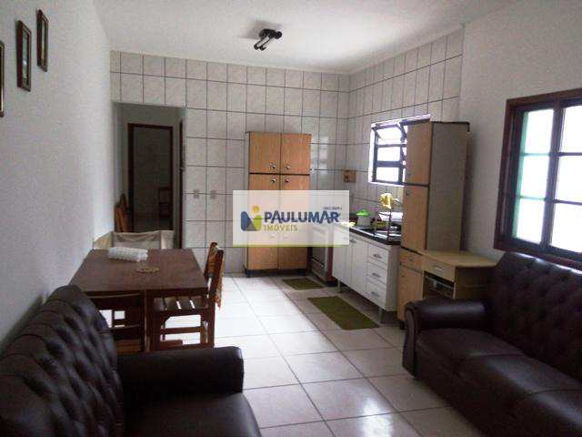 Casa em Mongaguá, bairro Balneário Itaóca