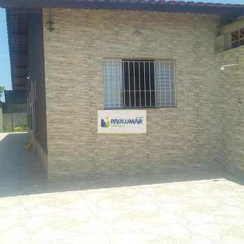 Casa em Mongaguá, bairro Balneário Itaguai