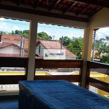 Sobrado em Itanhaém, bairro Balneário Campos Elíseos