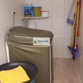 Sobrado em Mongaguá, bairro Balneário Palmeiras
