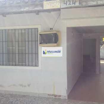Casa em Praia Grande, bairro Melvi