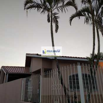 Casa em Mongaguá, bairro Jardim Praia Grande
