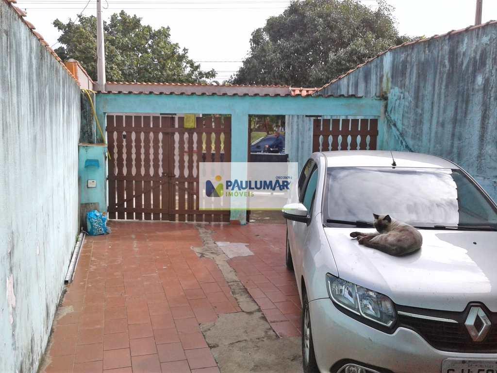 Sobrado em Mongaguá, no bairro Vila Anhanguera