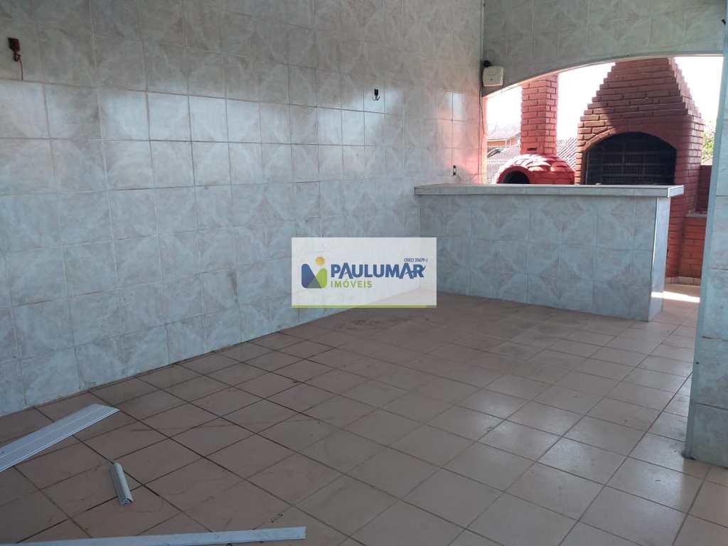 Sobrado em Mongaguá, no bairro Plataforma II