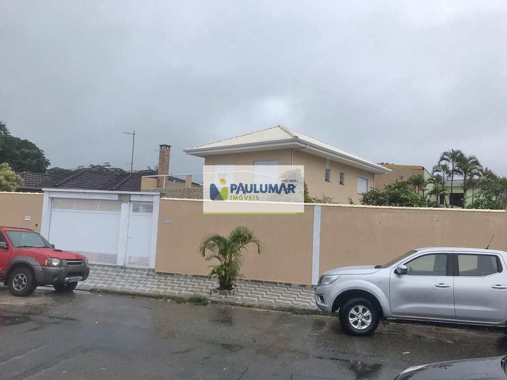 Sobrado em Praia Grande, no bairro Solemar