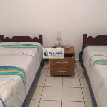 Apartamento em Mongaguá, bairro Vila Oceanopolis