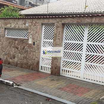 Sobrado em Mongaguá, bairro Jardim Marina