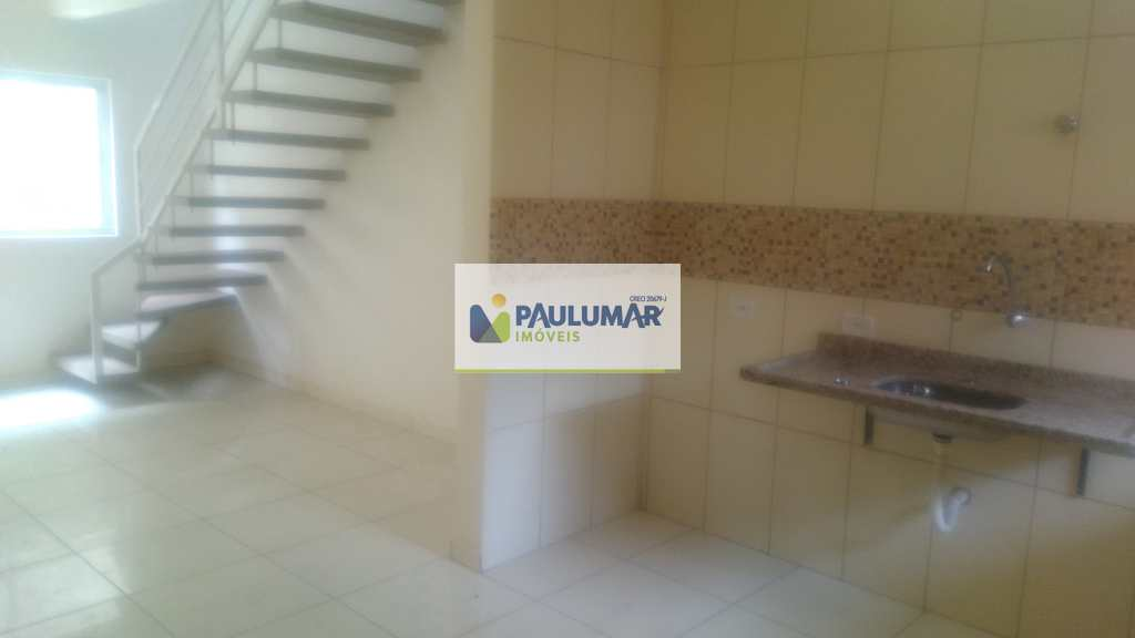 Casa de Condomínio em Mongaguá, no bairro Pedreira