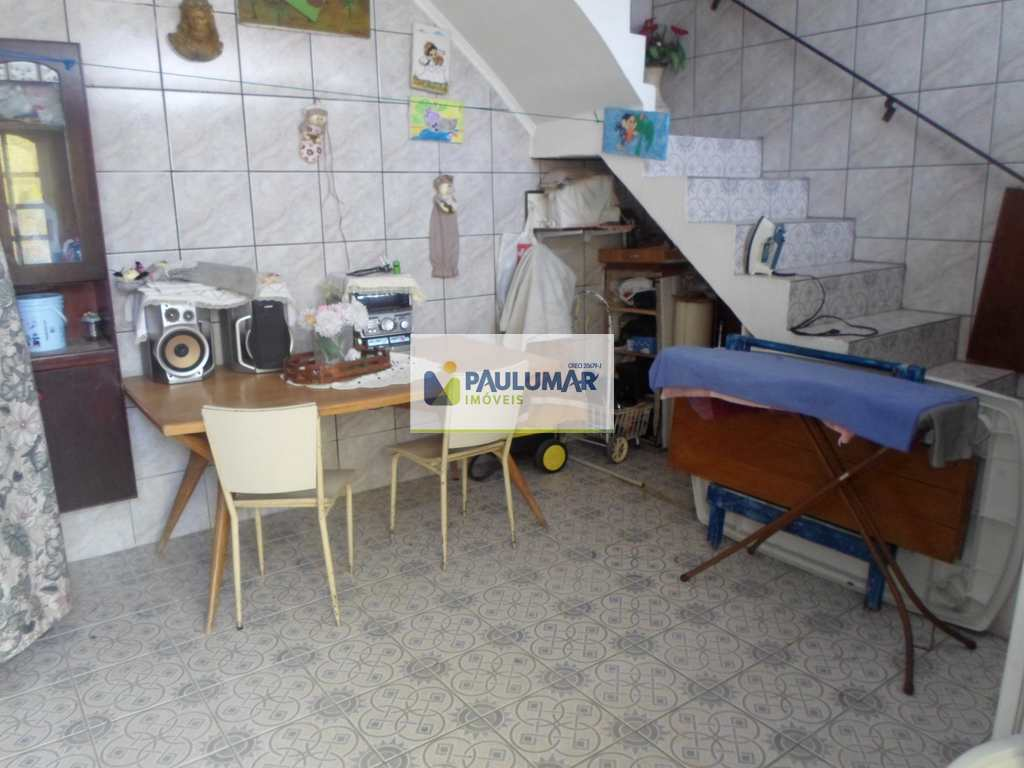 Casa em Praia Grande, no bairro Vila Balneária