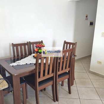Apartamento em Mongaguá, bairro Vera Cruz