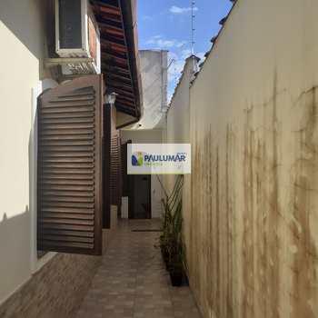 Casa em Praia Grande, bairro Balneário Flórida