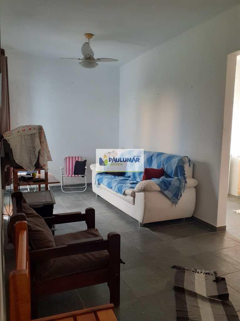 Apartamento em Mongaguá, no bairro Jardim Aguapeu
