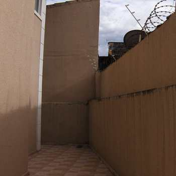 Sobrado de Condomínio em Praia Grande, bairro Aviação