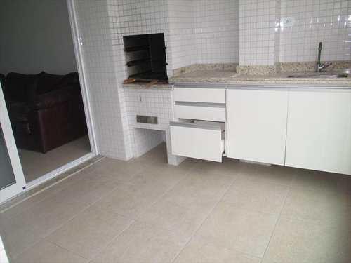 Apartamento, código 849 em Praia Grande, bairro Canto do Forte