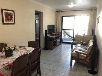 Apartamento, código 2052 em Praia Grande, bairro Ocian