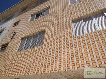 Apartamento, código 14822203 em Praia Grande, bairro Mirim
