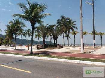 Kitnet, código 1077500 em Praia Grande, bairro Boqueirão