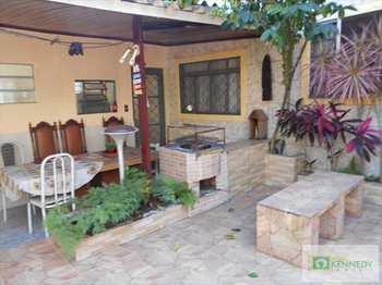 Casa, código 1055300 em Praia Grande, bairro Boqueirão
