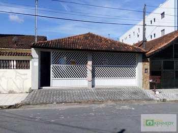Casa, código 1014200 em Praia Grande, bairro Aviação