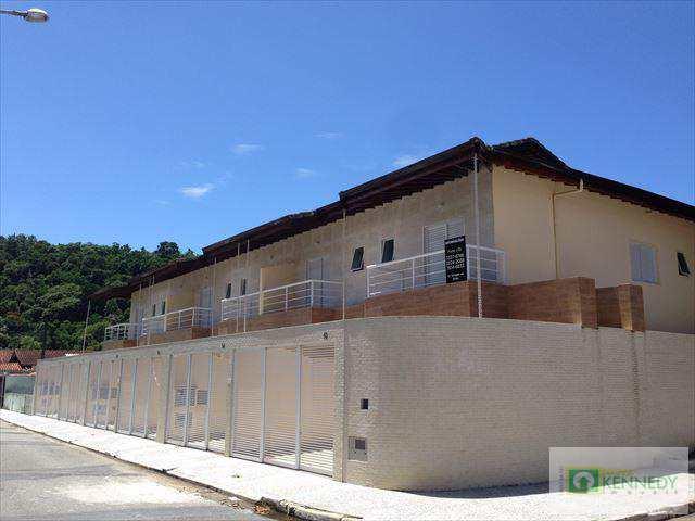 Casa em Praia Grande, no bairro Canto do Forte