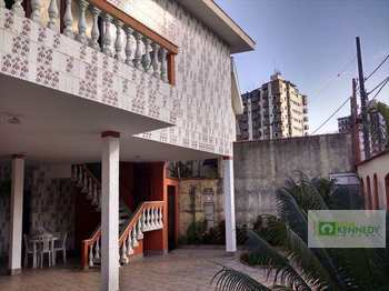 Sobrado, código 866600 em Praia Grande, bairro Canto do Forte