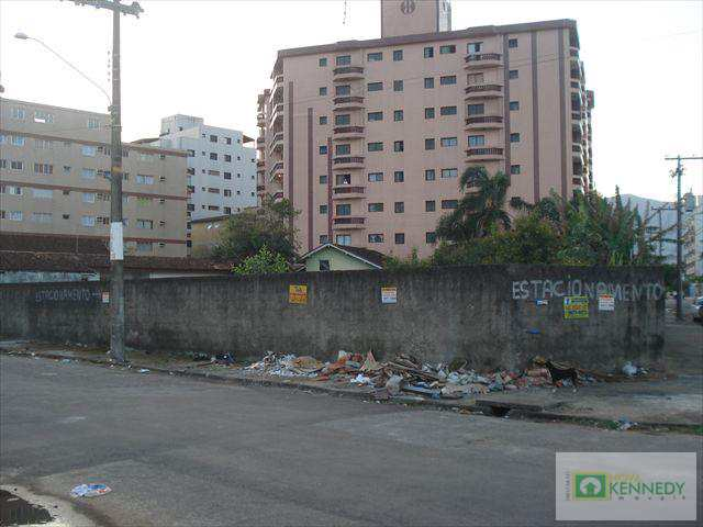 Terreno em Praia Grande, bairro Caiçara