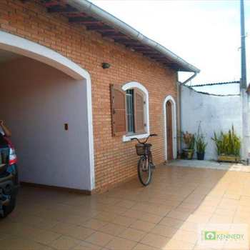 Casa em Praia Grande, bairro Glória