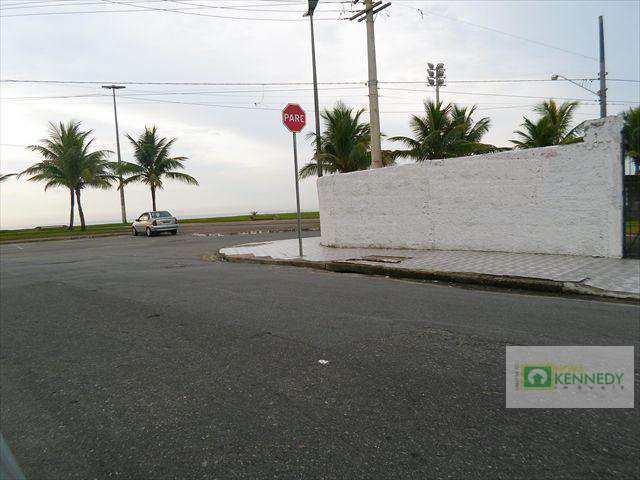 Terreno em Praia Grande, bairro Mirim