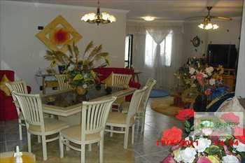 Apartamento, código 101103 em Praia Grande, bairro Canto do Forte