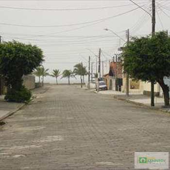 Casa em Praia Grande, bairro Vilamar