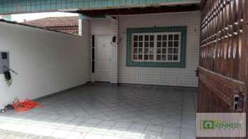 Casa, código 14877201 em Praia Grande, bairro Guilhermina