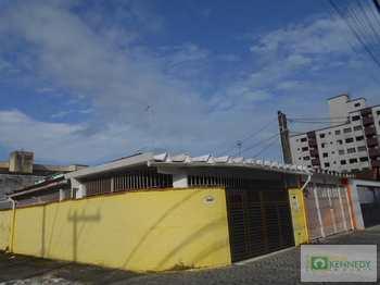 Casa, código 14877218 em Praia Grande, bairro Mirim