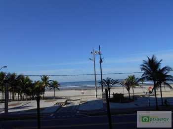 Apartamento, código 14877477 em Praia Grande, bairro Aviação
