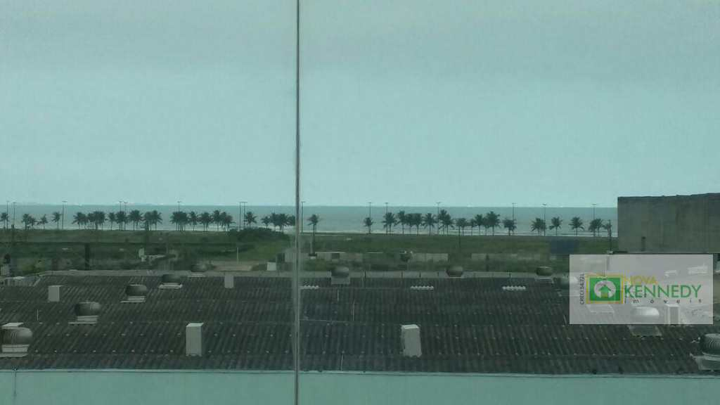 Conjunto Comercial em Praia Grande, no bairro Mirim