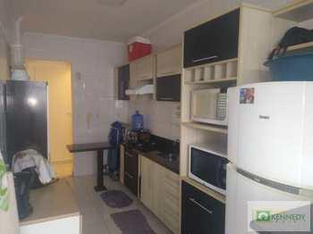 Apartamento, código 14877692 em Praia Grande, bairro Guilhermina